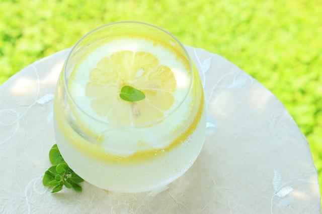 レモン酢の効能は?簡単な作り方と飲み方をチェック!