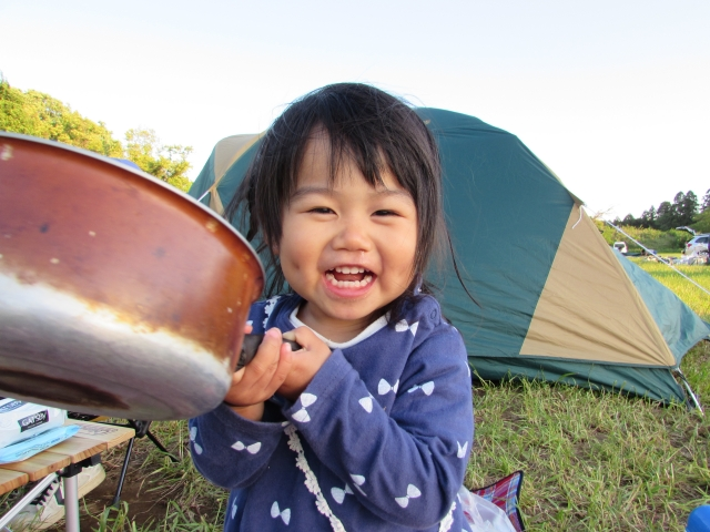 子供とのキャンプは何歳から楽になる?2歳までは注意が必要