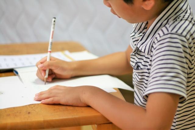 夏休みの宿題が終わらない!やる気を出す方法と早く終わらせるコツ