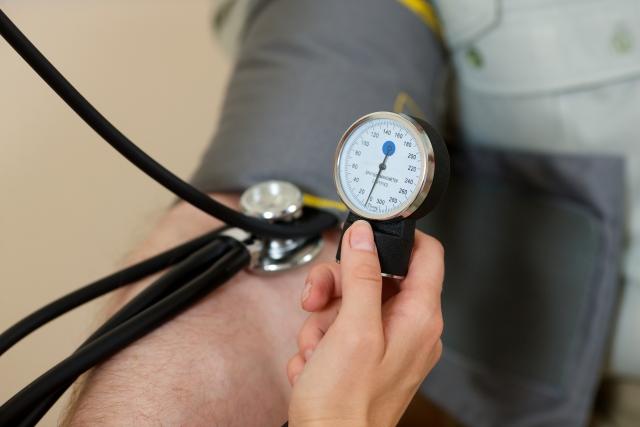 血圧│下が高い原因と改善法は?上と下の差から見る健康状態とは