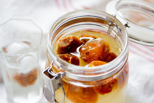 【梅シロップ】1キロ分の容器の大きさは?りんご酢で作ってみた!