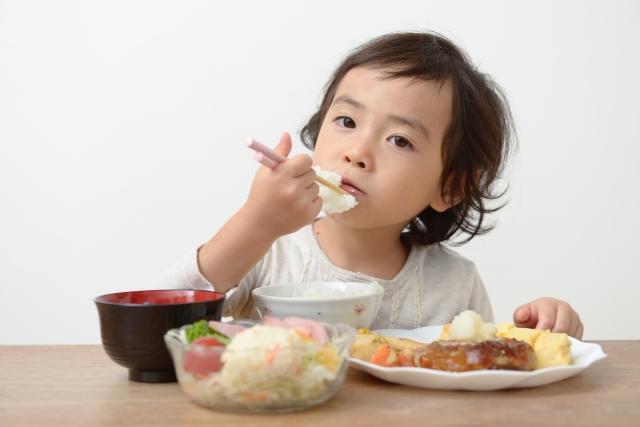 寒冷蕁麻疹を予防する方法と体質改善におすすめの食事とは?