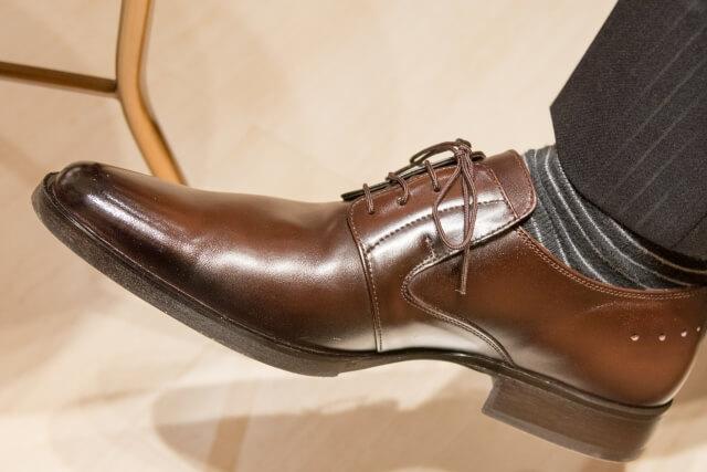 革靴についたカビの落とし方!毎日の手入れで予防できるよ♪